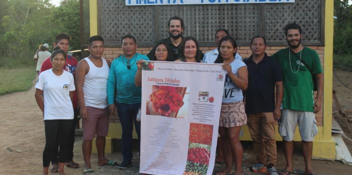 Intercâmbio entre povos indígenas Wai Wai e Baniwa sobre a cultura, produção e comercialização da pimenta em pó