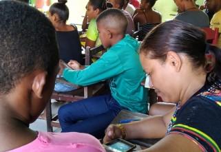 Jovens quilombolas de Oriximiná participam de oficina sobre técnicas e uso de dispositivos móveis